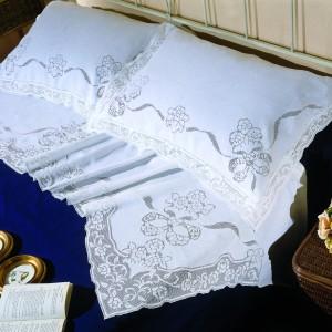 http://www.cappellinistore.com/4-thickbox/lenzuolo-matrimoniale-sfilato-in-puro-lino.jpg