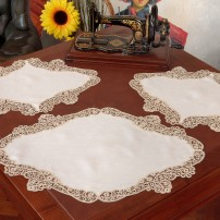 Cantù Doilies in Pure Linen