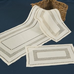 https://www.cappellinistore.com/112-thickbox/norwegian-lace-doilies-in-pure-linen.jpg