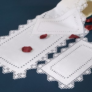 https://www.cappellinistore.com/116-thickbox/needle-stitch-doilies-in-pure-linen.jpg