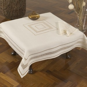 https://www.cappellinistore.com/130-thickbox/norwegian-lace-tea-set-in-pure-linen.jpg