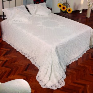 https://www.cappellinistore.com/157-thickbox/rebrode-quilt-in-pure-linen.jpg