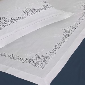 https://www.cappellinistore.com/378-thickbox/cantu-bedsheet-in-pure-linen.jpg
