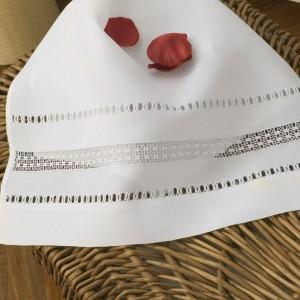 https://www.cappellinistore.com/81-thickbox/norwegian-lace-towel-set-in-pure-linen.jpg