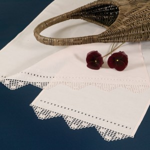 https://www.cappellinistore.com/85-thickbox/needle-stitch-towel-set-in-pure-linen.jpg