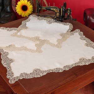 https://www.cappellinistore.com/91-thickbox/cantu-doilies-in-pure-linen.jpg