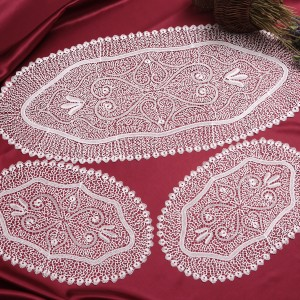 https://www.cappellinistore.com/92-thickbox/cantu-doilies-in-pure-linen.jpg